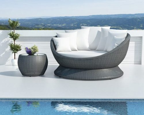 Cosmos Daybed